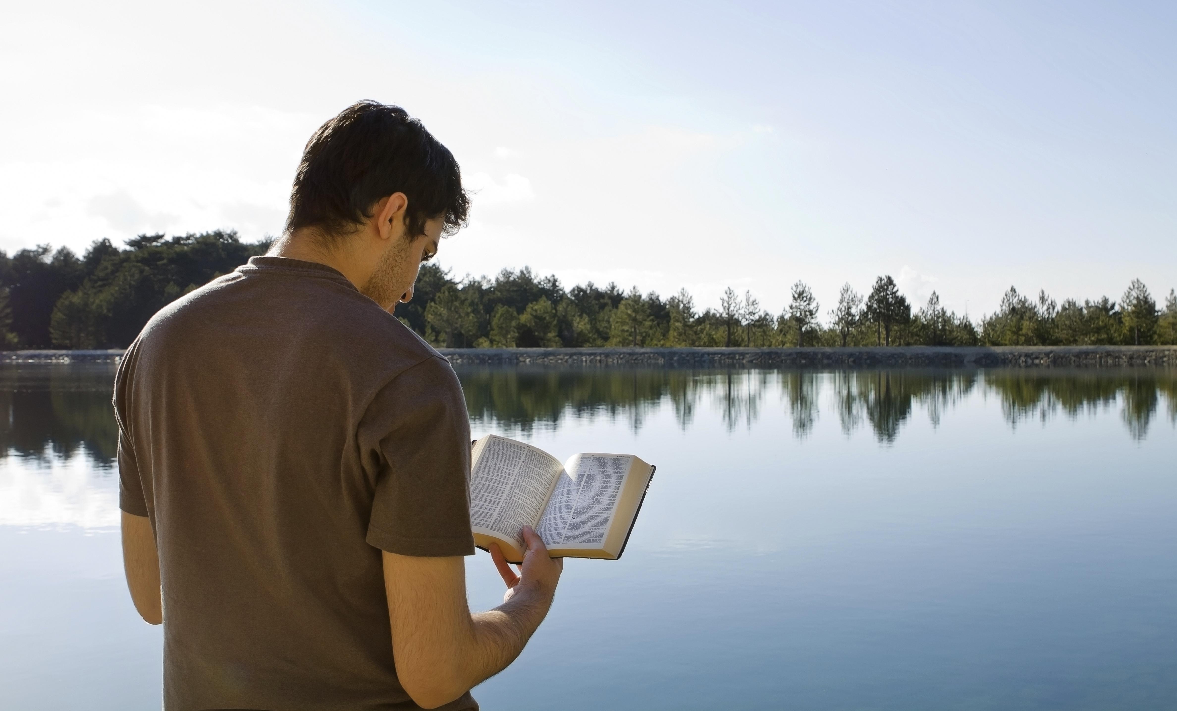 4 способа, как делиться верой с атеистами